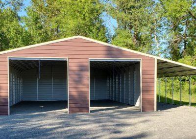Metal Garage and Lean built